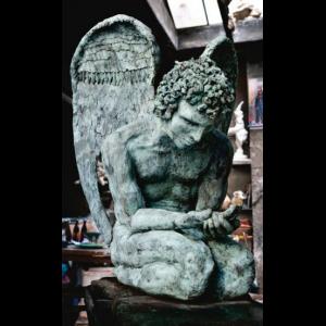 hechelmann-kunsthalle-isny-shop-bronzen-versenkter-engel